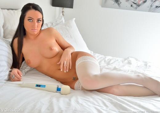 Cecilia - Bedside Sensuality - FTV Girls - Toys Hot Gallery