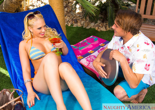 Kagney Linn Karter - Naughty Rich Girls - Hardcore HD Gallery