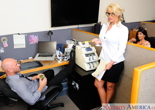 Phoenix Marie - Naughty Office - Hardcore Sexy Photo Gallery