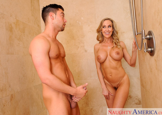 Brandi Love - My Friend's Hot Mom - MILF Porn Gallery
