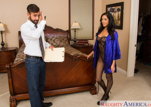 Chloe Amour - Latin Adultery - Latina Hot Gallery