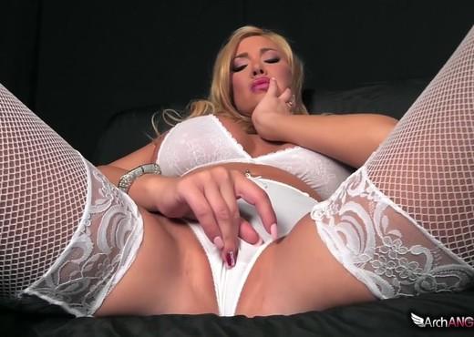 Pound My Ass 3 - Summer Brielle - Arch Angel - Interracial Porn Gallery