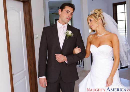 Tasha Reign - Naughty Weddings - Hardcore TGP
