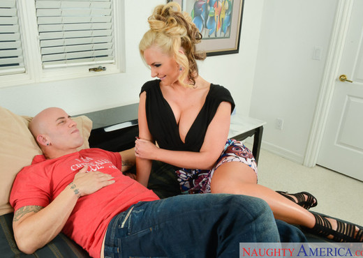 Phoenix Marie - Dirty Wives Club - Hardcore TGP