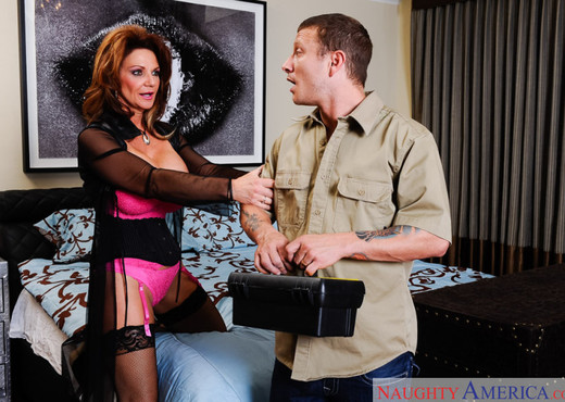 Deauxma - I Have a Wife - Hardcore Sexy Photo Gallery