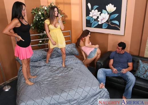 Mariah Milano, Rachel Starr & Rachel Roxxx - Hardcore TGP