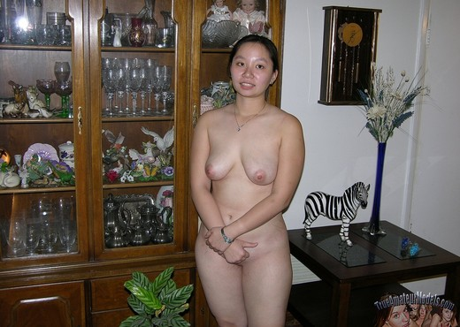 Asian College Student Strips And Spreads Apart Nude - Amateur Sexy Photo Gallery
