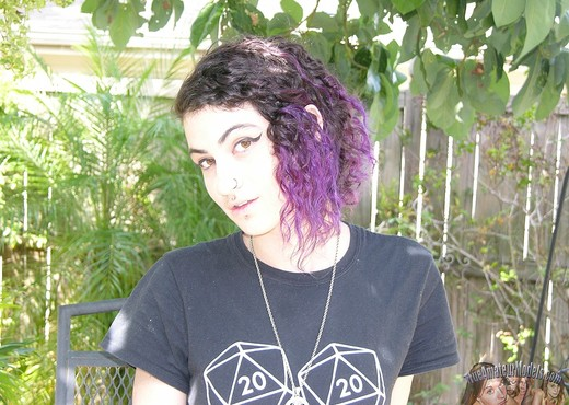 Punk Rock Metalhead Teen Babe - Amateur Nude Pics