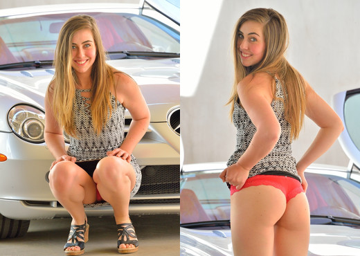 Lacey - Kinky Modeling Style - FTV Girls - Solo Picture Gallery