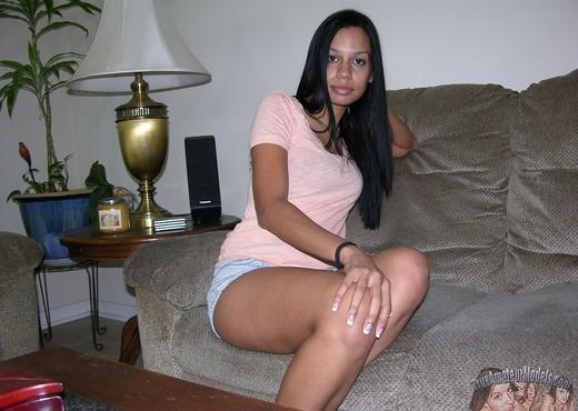 Amateur Black Girl Modeling Nude - Amateur Porn Gallery