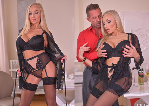 A Wanton Ass Fuck: Busty Blonde's Butt Crammed Hard - Anal Sexy Photo Gallery
