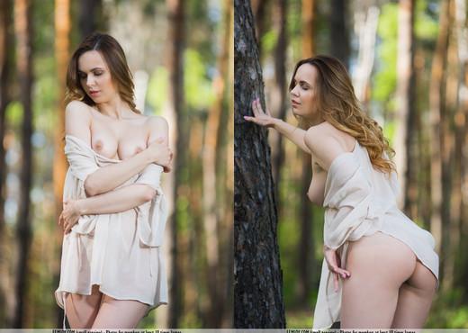 Premiere - Nasita - Femjoy - Solo Sexy Photo Gallery