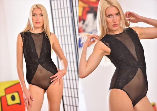Angelina - Slender Perky Form - FTV Milfs - MILF Hot Gallery