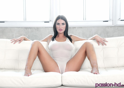 August Ames - Balcony Tease - Passion HD - Hardcore Nude Pics