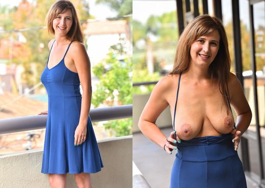 Alice - Busty Blue Babe - FTV Milfs - MILF Nude Gallery