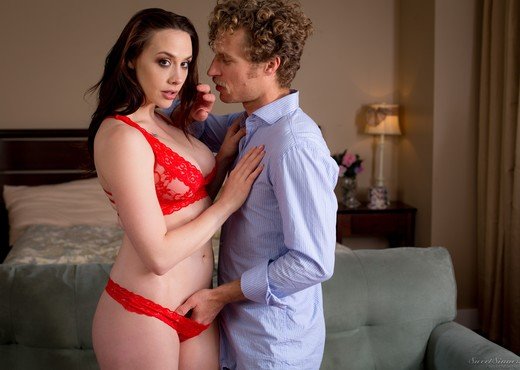 Chanel Preston - Fill Me Up - Hardcore Hot Gallery