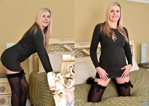 Velvet Skye - Better With Age - Anilos - MILF Sexy Gallery