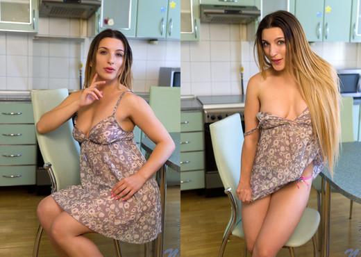 Vasilisa - Amateur Cutie - Nubiles - Teen Image Gallery