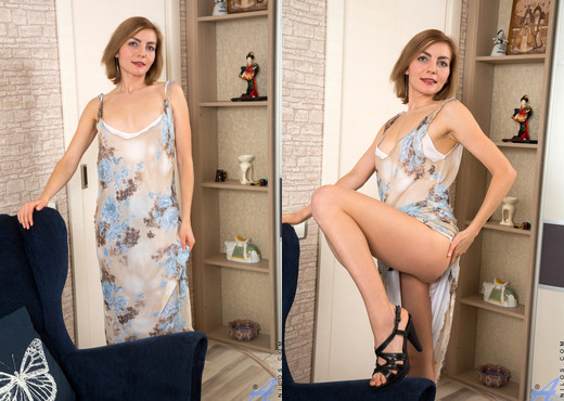 Judith Angel - Sexy Amateur - Anilos - MILF Picture Gallery