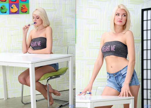 Bree Haze - College Cutie - Nubiles - Teen TGP