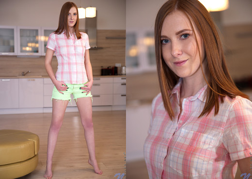 Linda Sweet - Too Hot - Nubiles - Teen Picture Gallery