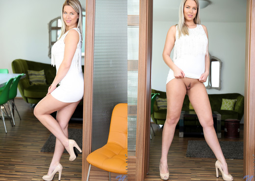 Nikki Dream - Czech Babe - Nubiles - Teen Image Gallery