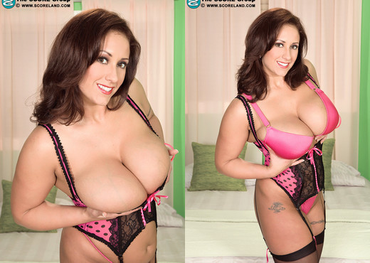 Eva Notty - Sexy Pussies Like Hot Cream - ScoreLand - Boobs Picture Gallery