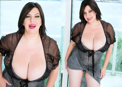 Paige Turner - Worship Her Tits - ScoreLand - Boobs Nude Pics