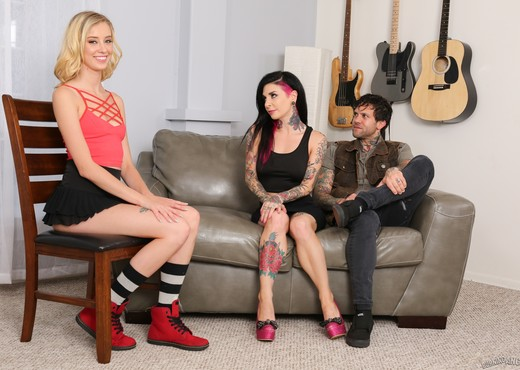 Joanna Angel, Haley Reed - Babysitter Auditions - Haley Reed - Hardcore Sexy Photo Gallery