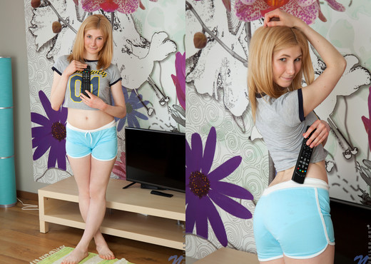 Aimee Cole - Blonde Babe - Nubiles - Teen Sexy Gallery