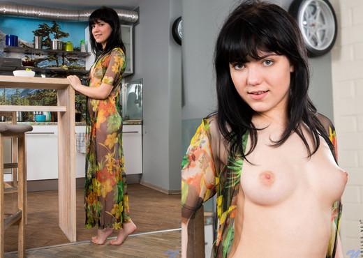 Tetti Dew Korti - Morning Joy - Nubiles - Teen Picture Gallery
