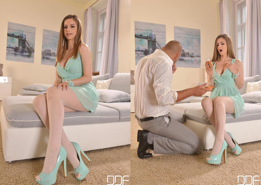 Stella Cox - Pantyhose and Cream - Hardcore Nude Gallery