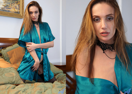 Marel Dew - Boudoir - Anilos - MILF Sexy Gallery