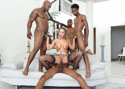Britney Amber, Darwin Slimpoke - Blacked Out #08 - Interracial TGP