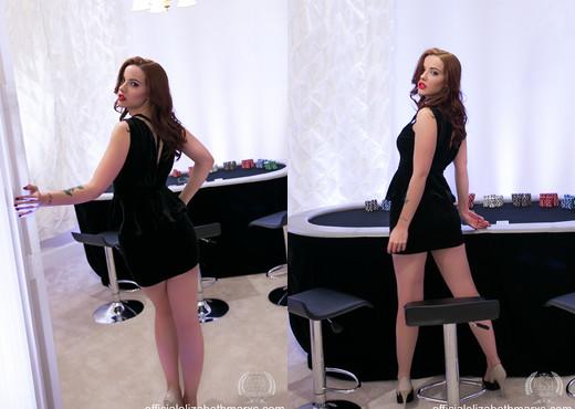 Elizabeth Marxs - Poker Night - Solo Nude Pics
