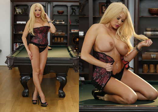 Summer Brielle - Summer Gets The Ball In The Corner Pocket - Solo Nude Gallery