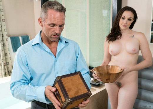 Chanel Preston - Box Set - Hardcore Sexy Photo Gallery