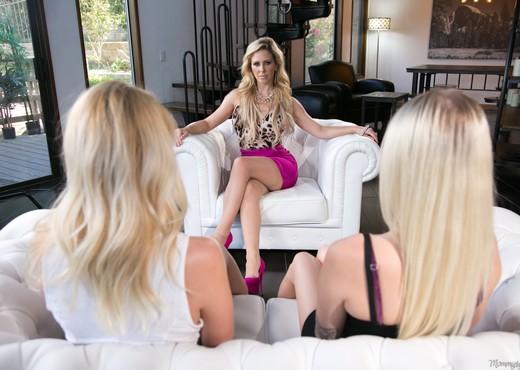 Samantha Rone, Cherie DeVille, Alex Grey - Mafia Mom - Lesbian Picture Gallery
