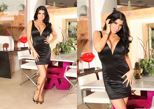 Romi Rain - Keep It Classy - Solo Picture Gallery