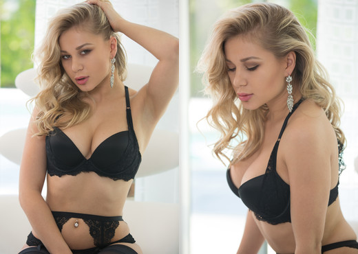 Candice Brielle - Glamorous - Solo Picture Gallery