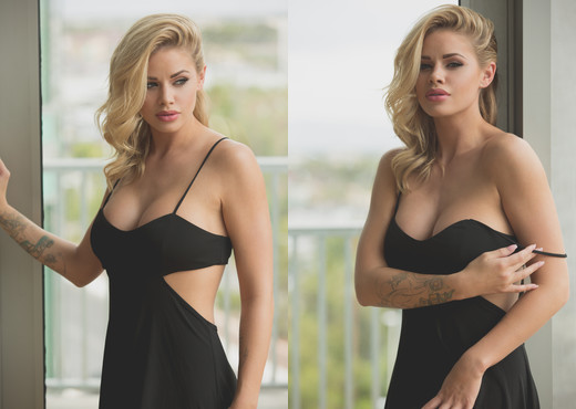 Jessa Rhodes - Naked Under A Sexy Black Dress - Solo Sexy Gallery