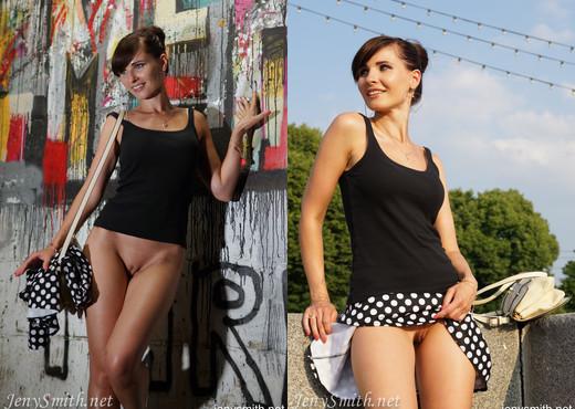 Jeny Smith - Bottomless - Solo Nude Pics
