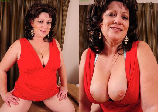 Cheryll Stone - Karup's Older Women - MILF Porn Gallery