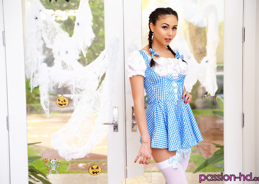 Ariana Marie - Halloween Hookup - Passion HD - Hardcore Sexy Photo Gallery