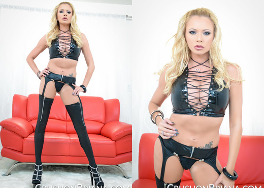 Jerk Your Cock With Briana Banks - MILF TGP