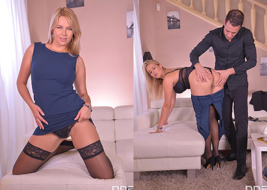 Nikky Dream - Subby in Handcuffs Fucked Hard - Anal Sexy Gallery
