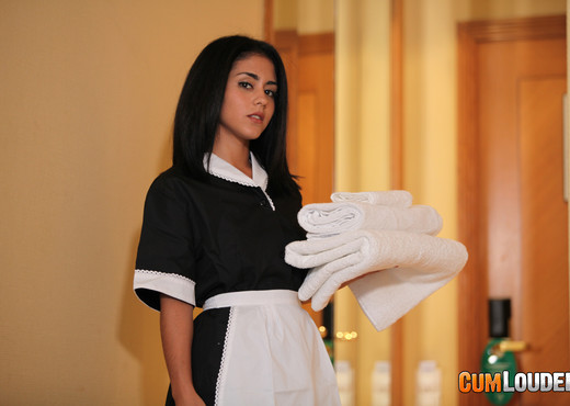 Aysha - Clean towels, filthy money - CumLouder - Hardcore Sexy Photo Gallery