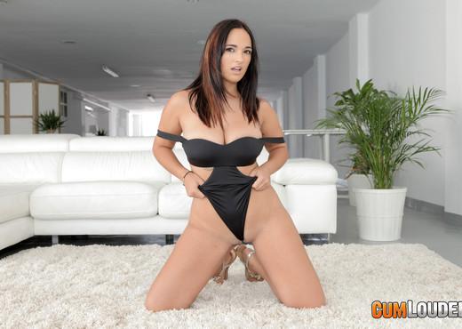 Claudia Bavel - Lost in lust - CumLouder - Hardcore Nude Pics
