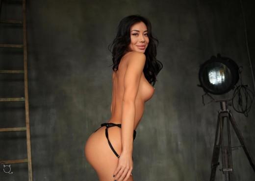 JessyQ - StasyQ 256 - Solo Nude Gallery