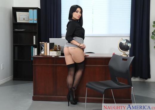 Rina Ellis - Naughty Office - Hardcore Nude Pics